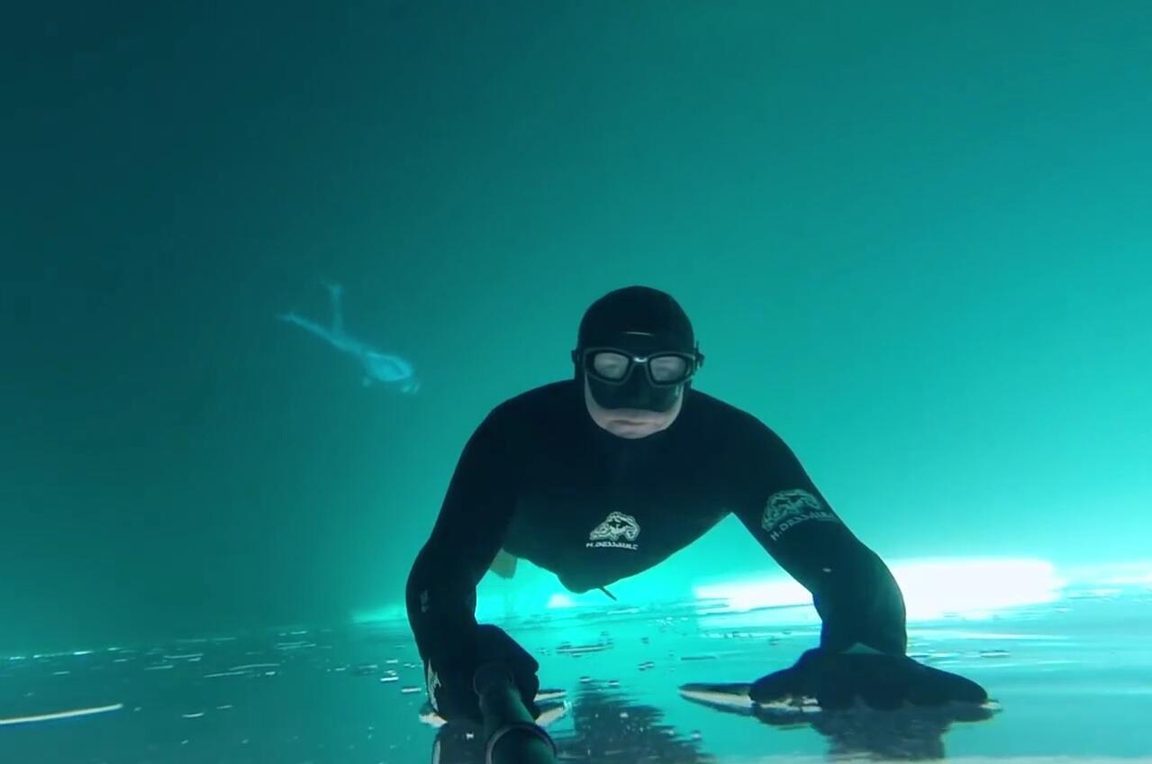 2017年GoPro获奖作品, 冰湖自由潜水, 太漂亮了
